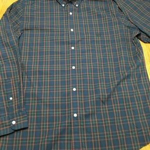 Chaps button up shirt. In size XL.